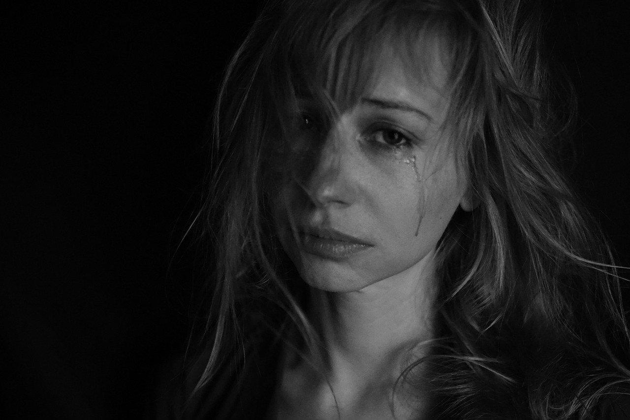Tafsir Mimpi menangis