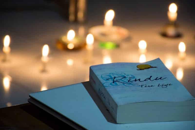Contoh Resensi Novel Fiksi Rindu