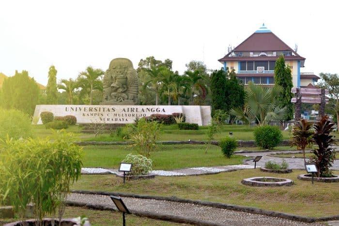 Pendidikan di Kota Surabaya