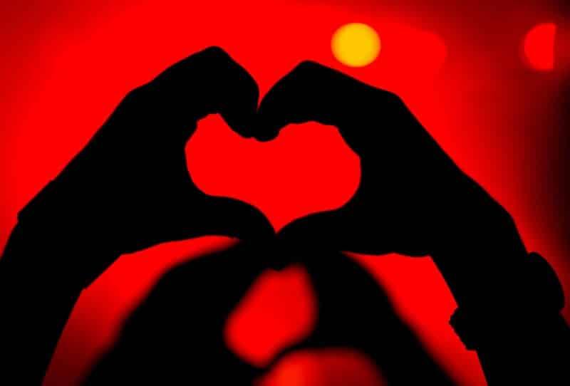 21+ Cerita Cinta Sejati Romantis, Islami, Sedih (Populer)