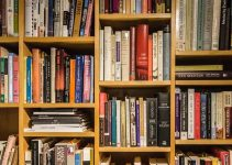 15+ Kumpulan Contoh Resensi Novel Fiksi Terlengkap dan Terbaru 2