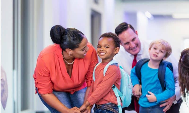 Kata Kata Anniversary dari Anak untuk Orang Tua
