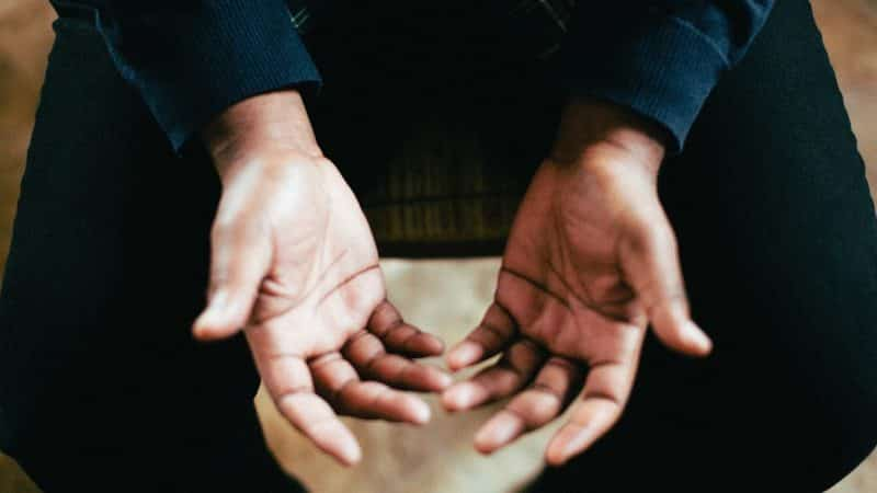 Bacaan Doa Penenang Hati (Arab, Latin, Artinya)