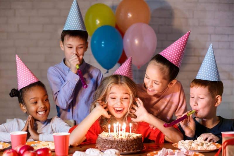 Hukum Perayaan Ulang Tahun dalam Syariat Islam