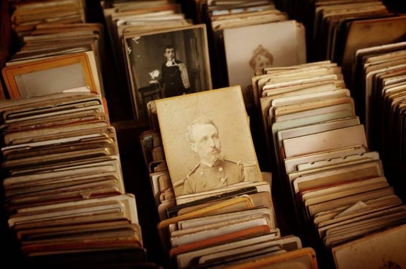 7 Contoh Teks Biografi (Pahlawan, Ilmuwan, atlet, artis)