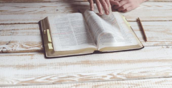 15 Contoh Teks Anekdot Menyindir Guru (Terlengkap) 1