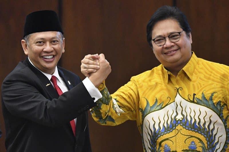 Contoh Teks Berita Politik Singkat