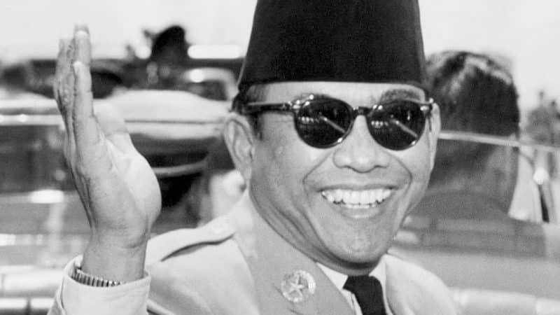 Contoh Teks Biografi Pahlawan