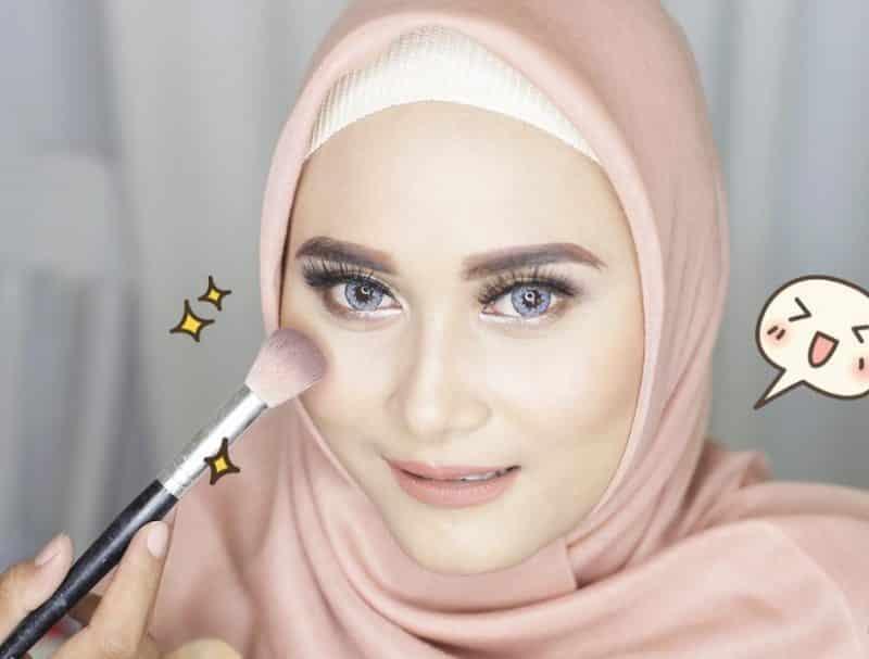 Contoh Teks Deskripsi Singkat Makeup