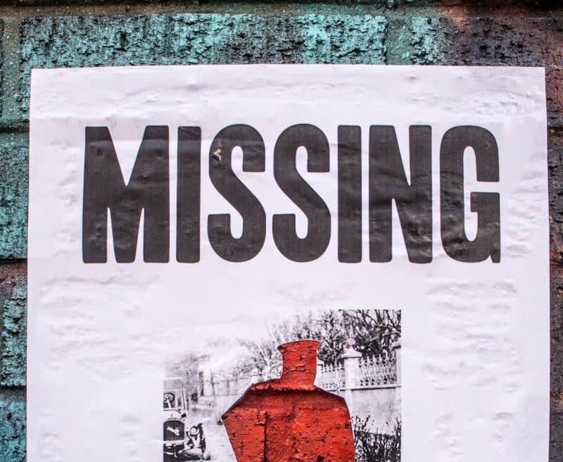 Contoh Teks Iklan Keluarga tentang Info Orang Hilang