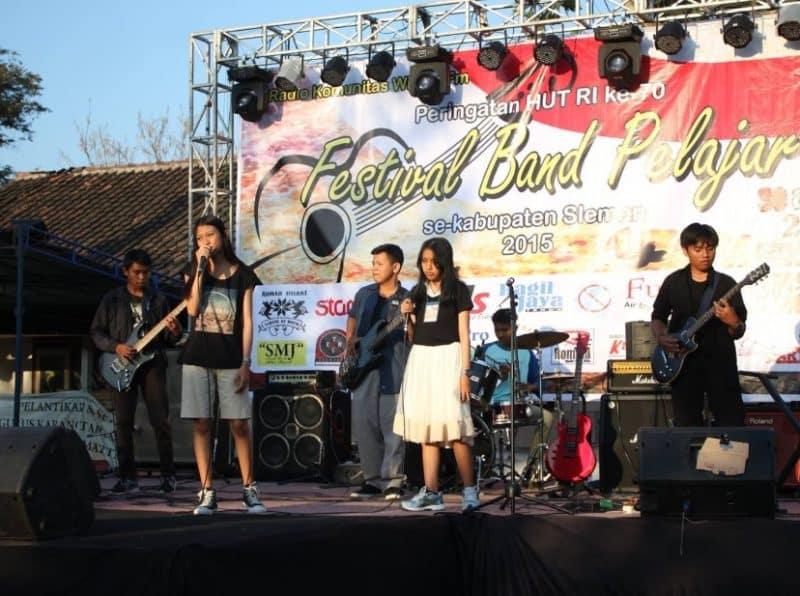 Contoh Teks MC Non Formal Festival Band Antar Pelajar