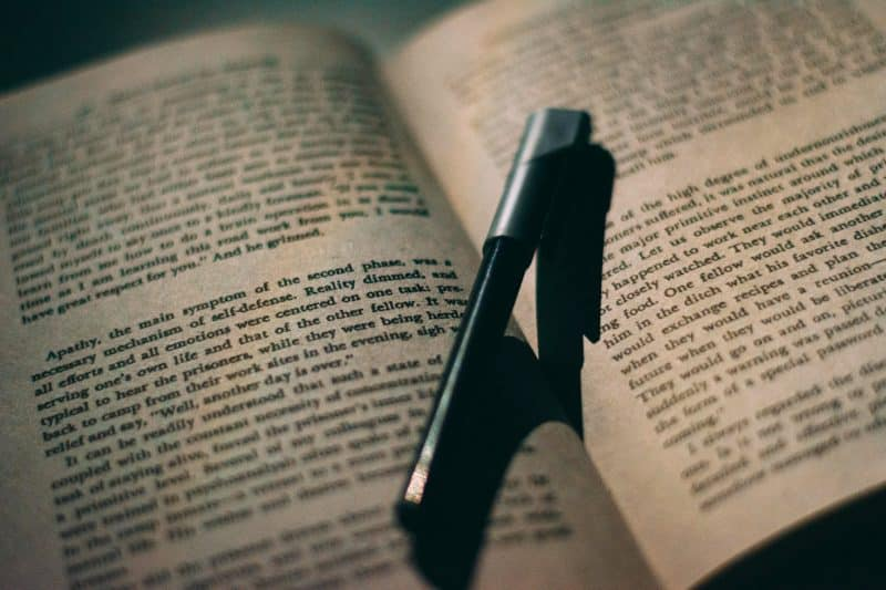 Contoh Teks Monolog yang Singkat