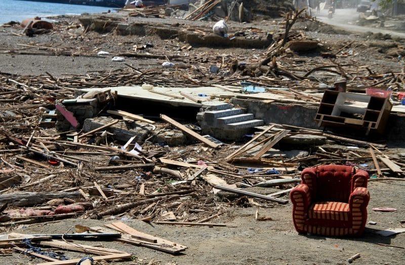 Contoh Teks Observasi Singkat Tentang Bencana Alam