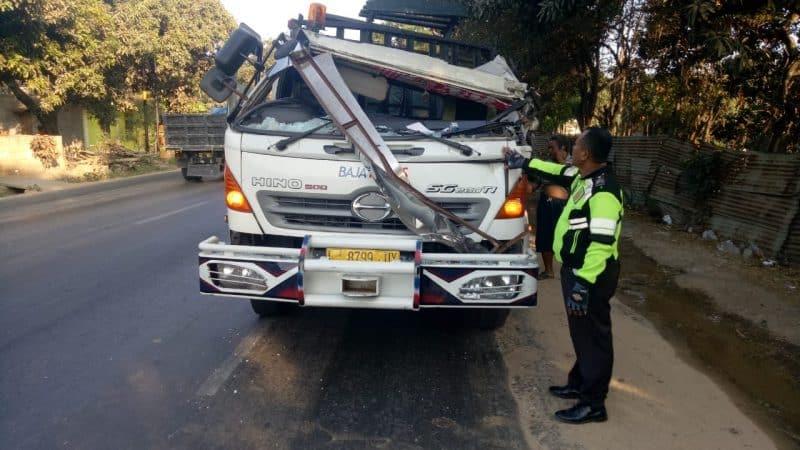Contoh Teks Reporter Kecelakaan
