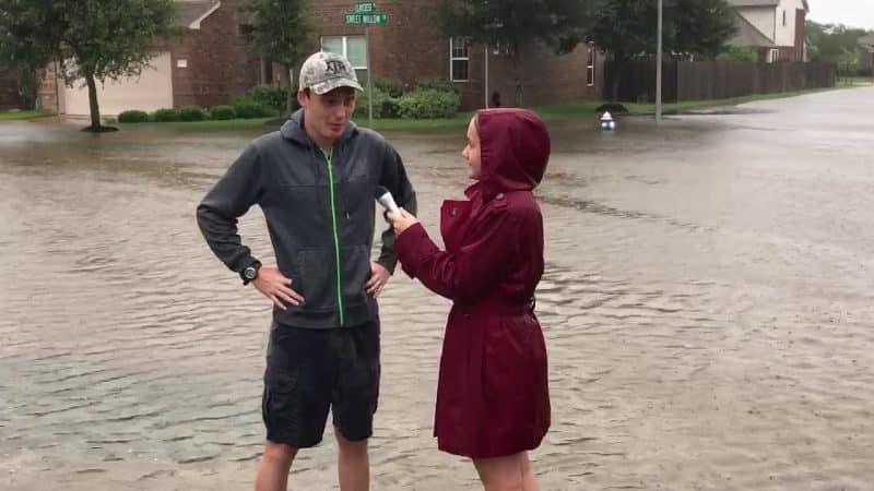 Contoh Teks Reporter Tentang Banjir
