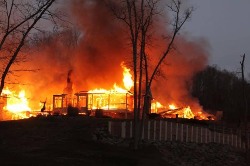 Contoh Teks Reporter Tentang Kebakaran