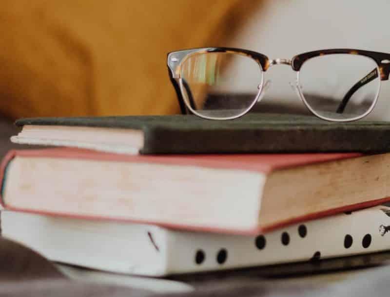Contoh Teks Resensi Buku Pengetahuan : Satwa Terancam Bahaya