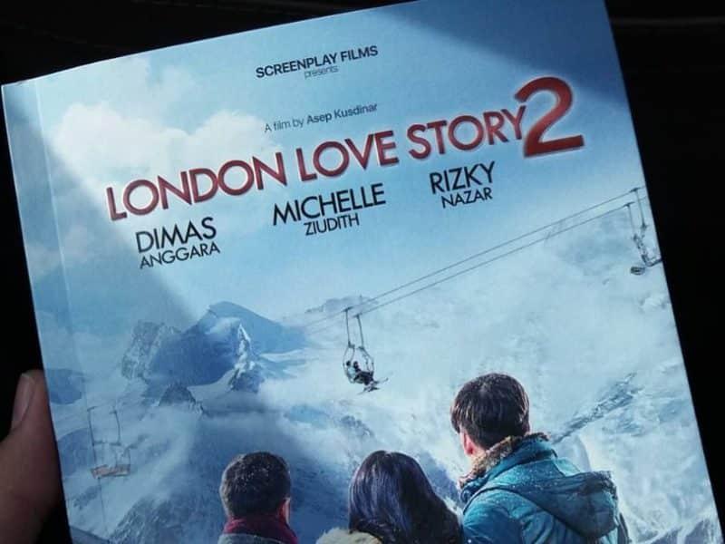Contoh Teks Resensi Novel London Love Story