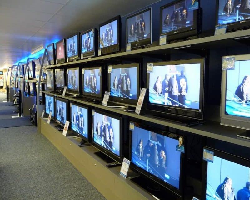 Contoh Surat Lamaran Kerja Berdasarkan Iklan Televisi