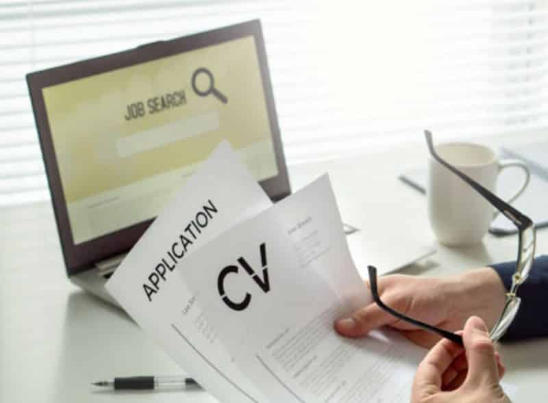 Contoh Surat Lamaran Kerja Fresh Graduate untuk Web Developer di Perusahaan E-Commerce