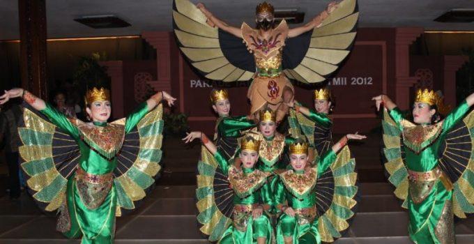 Properti Tari Garuda Nusantara