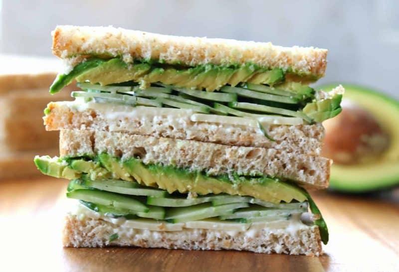 Sandwich Kombinasi Alpukat