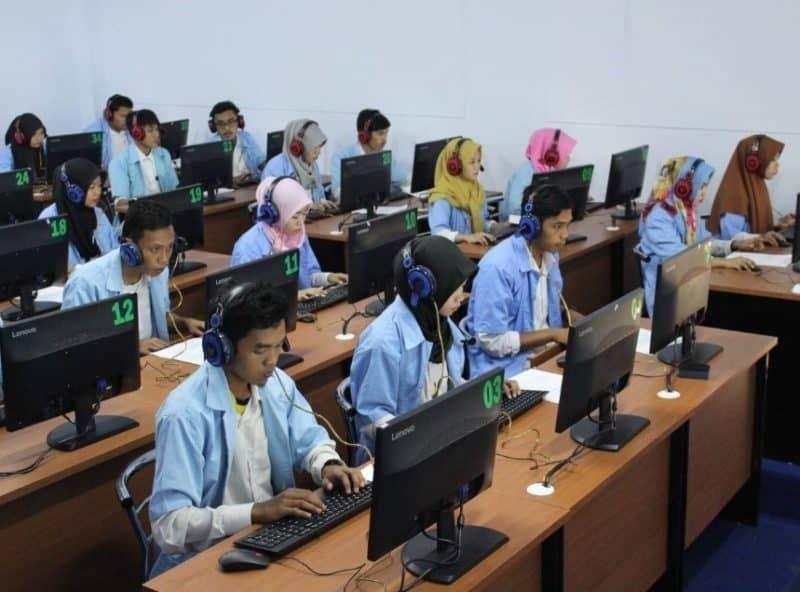Contoh Surat Lamaran Kerja Dosen di Sekolah Tinggi Manajemen Informatika dan Komputer (STMIK)