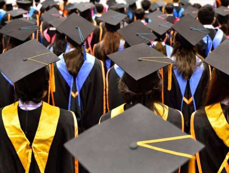 5 Ucapan Graduation Singkat Lucu Dan Berbahasa Inggris