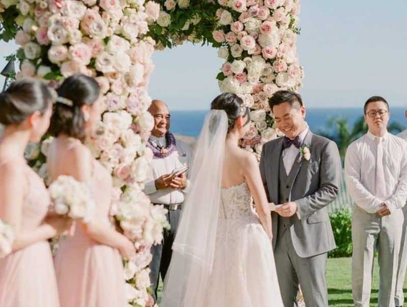 Ucapan ijab kabul melalui wali nikah