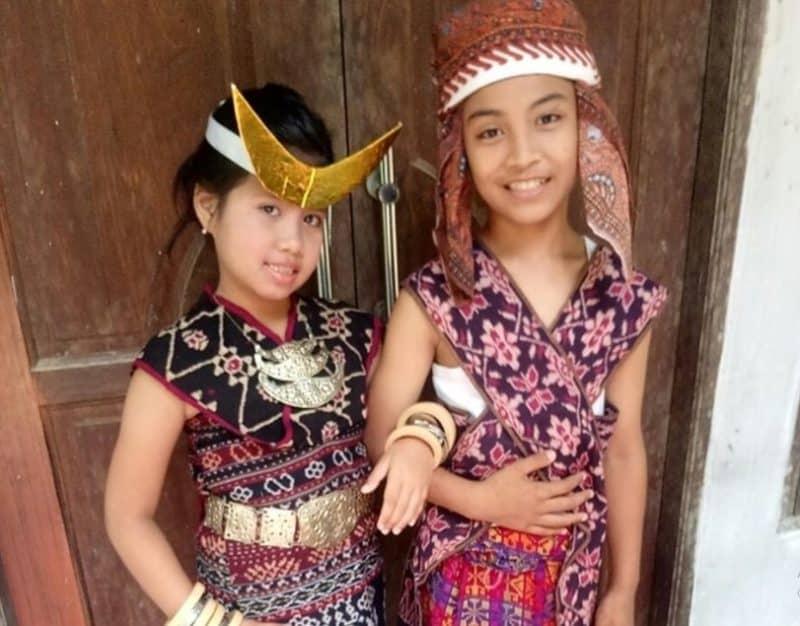 4 Properti tari Gareng Lameng (Lengkap dengan gambar dan deskripsi)