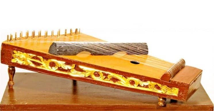 Alat Musik Tradisional - Kecapi