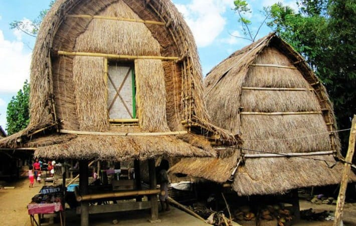Rumah Adat Nusa Tenggara Barat (NTB)