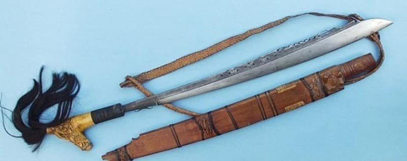 Senjata Tradisional Kalimantan Timur