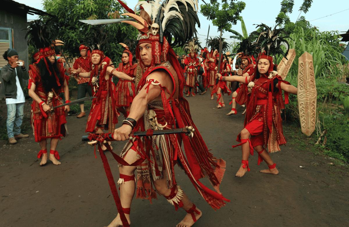 Tari Tradisional Kabasaran