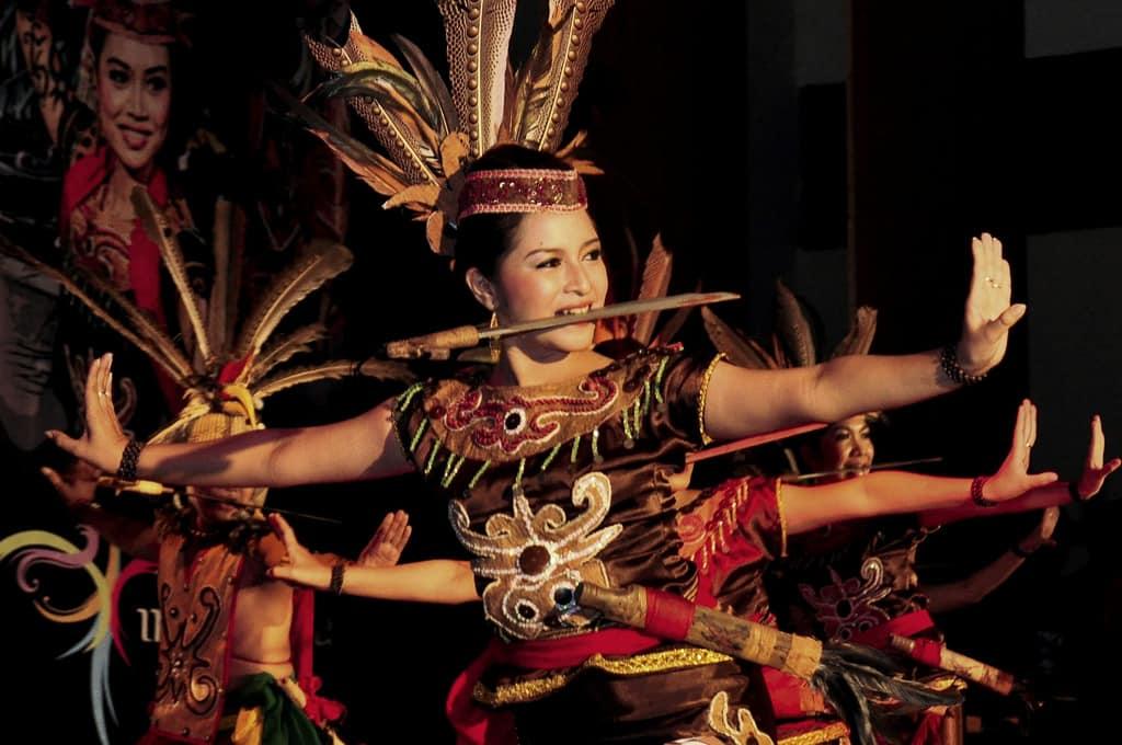 Tari Tradisional Kuyang