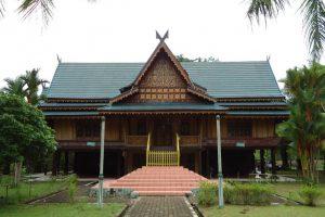 35+ Rumah Adat : Jenis - Jenisnya Yang Ada Di Indonesia (Terlengkap) 4