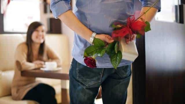 Cowok Romantis