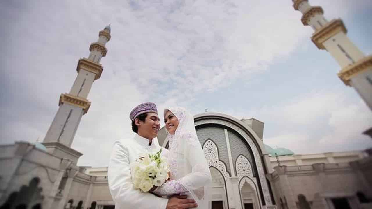 Taat Sama Suami Kewajiban Isteri Terhadap Suami
