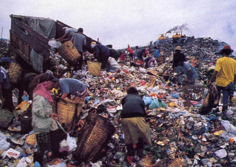 2. Sampah yang Berasal dari Perkantoran atau Daerah Perdagangan
