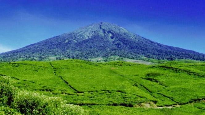 21. Gunung Dempo