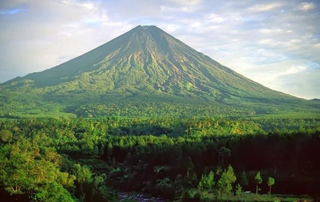 22. Gunung Yaramamafaka