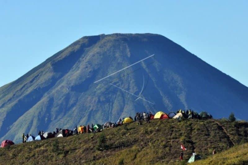 34. Gunung Prau