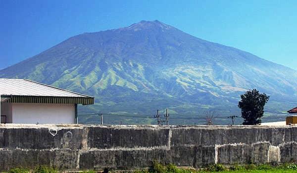 36. Gunung Anjasmoro