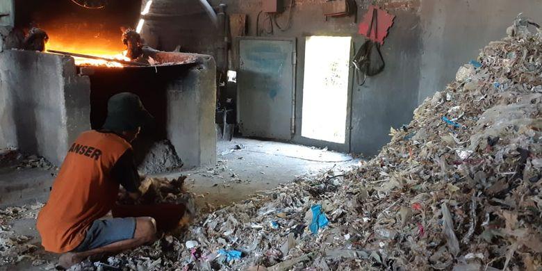 4. Sampah yang Berasal dari Industri