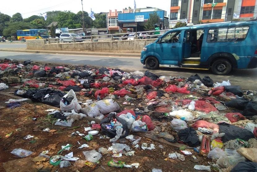 7. Sampah yang Berasal dari Jalan Raya