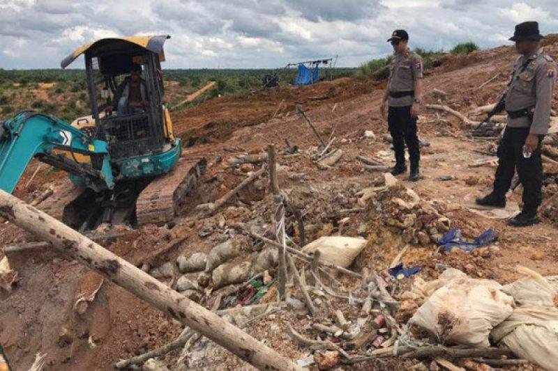 8. Sampah yang Berasal dari Kegiatan Pertambangan