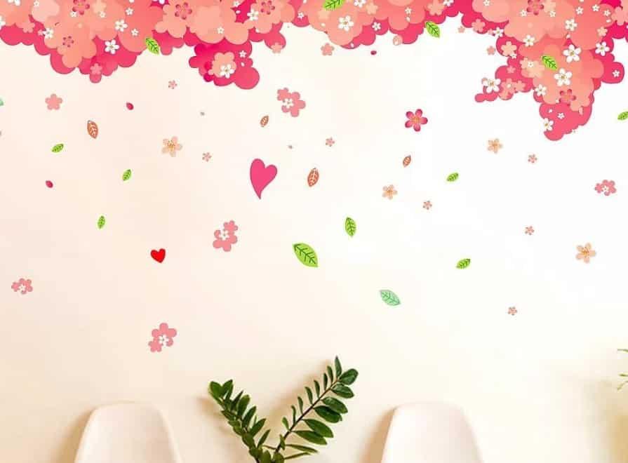 4. Hiasan Dinding Kamar Menggunakan Bunga Awetan