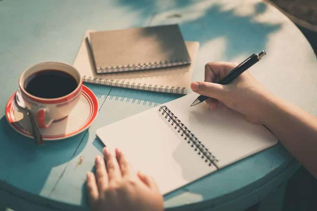 Contoh Karya Tulis Ilmiah Singkat Sederhana