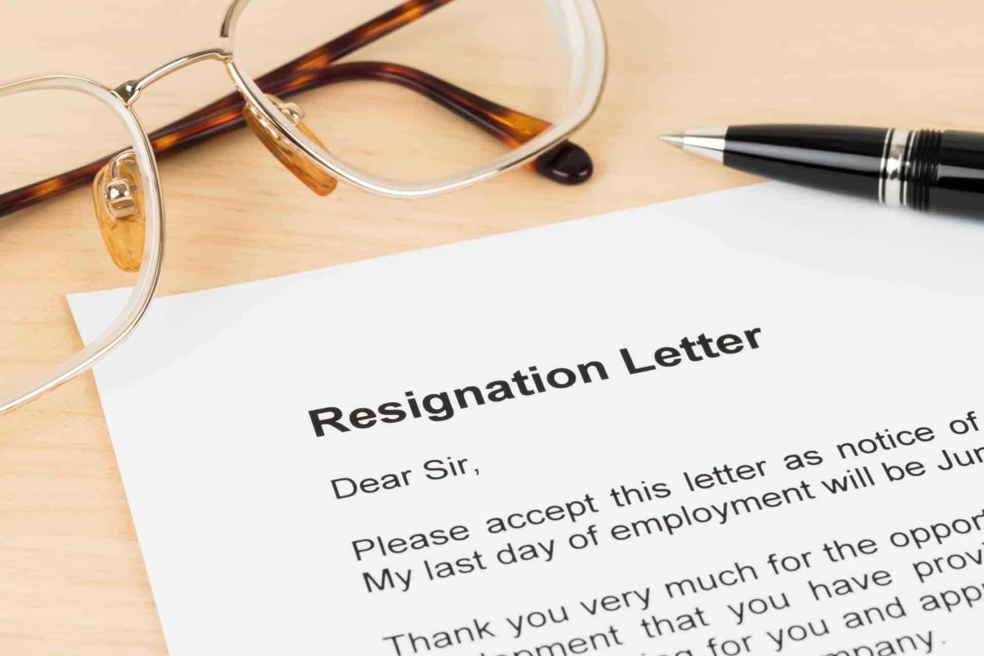Contoh Surat Pengunduran Diri Kerja karena Pindah Kerja