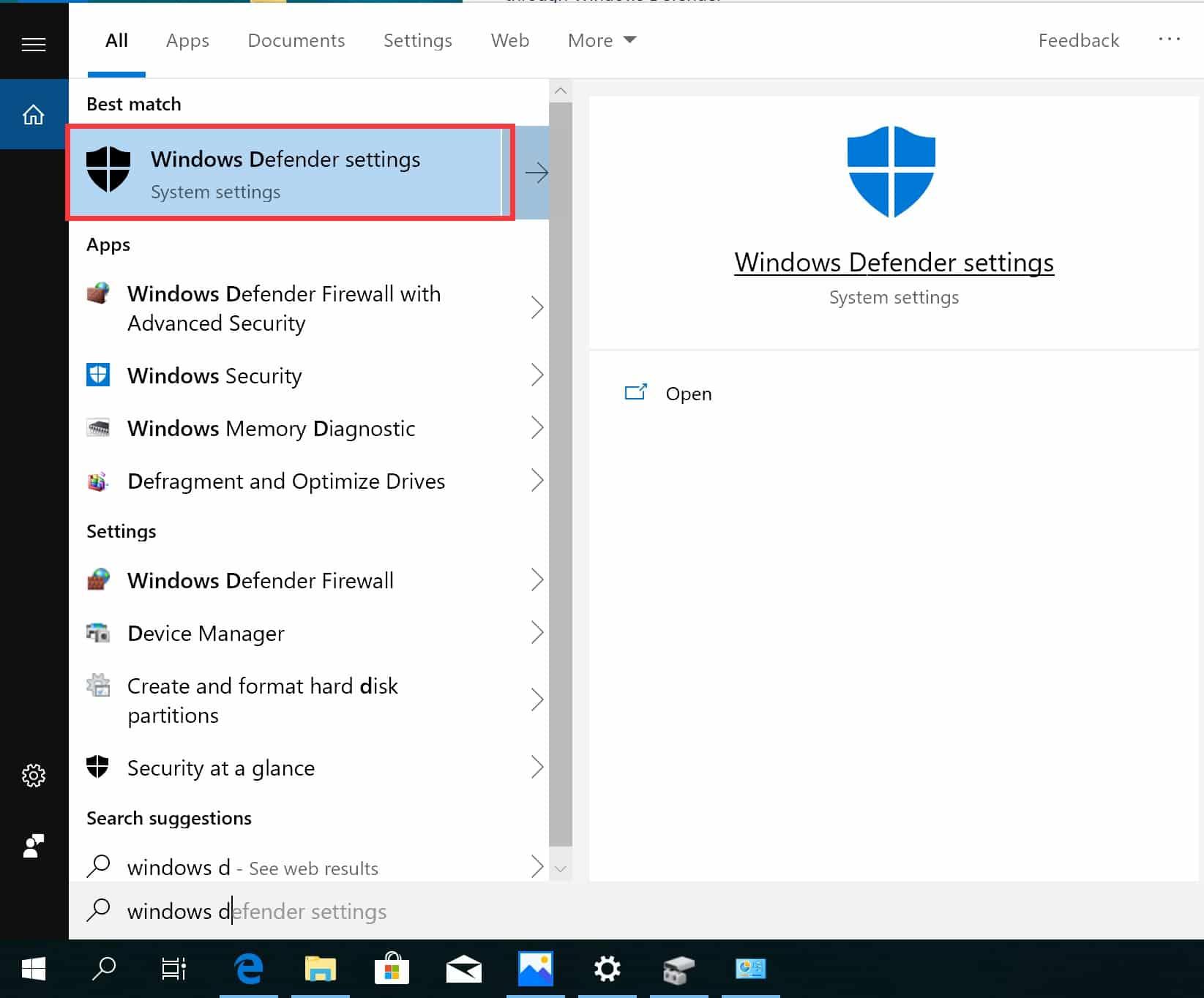Pada tampilan awal desktop, klik Windows lalu ketikkan Windows Defender di kolom pencarian